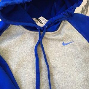 Nike Tops - NIKE Hoodie XS Therma-Fit